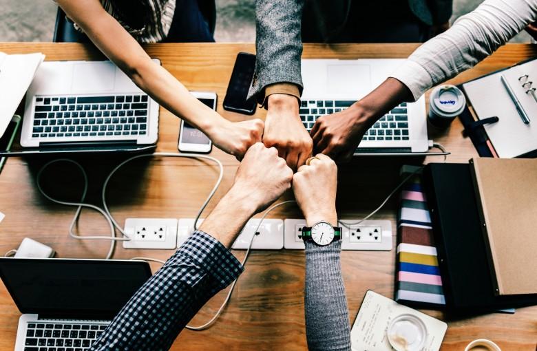 DevOps : une approche de travail basée sur la collaboration au service de l'efficacité