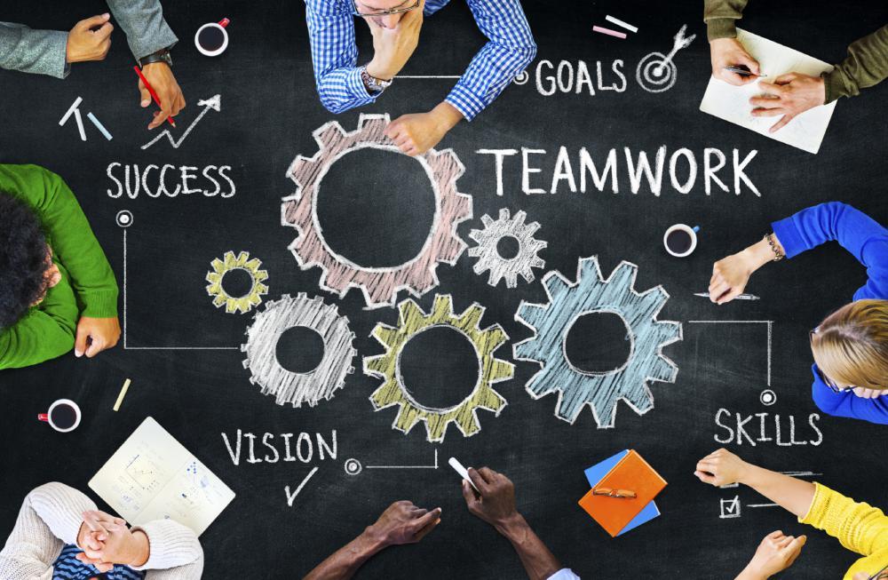 569ee459de3d20_adopt-a-teamwork-mindset